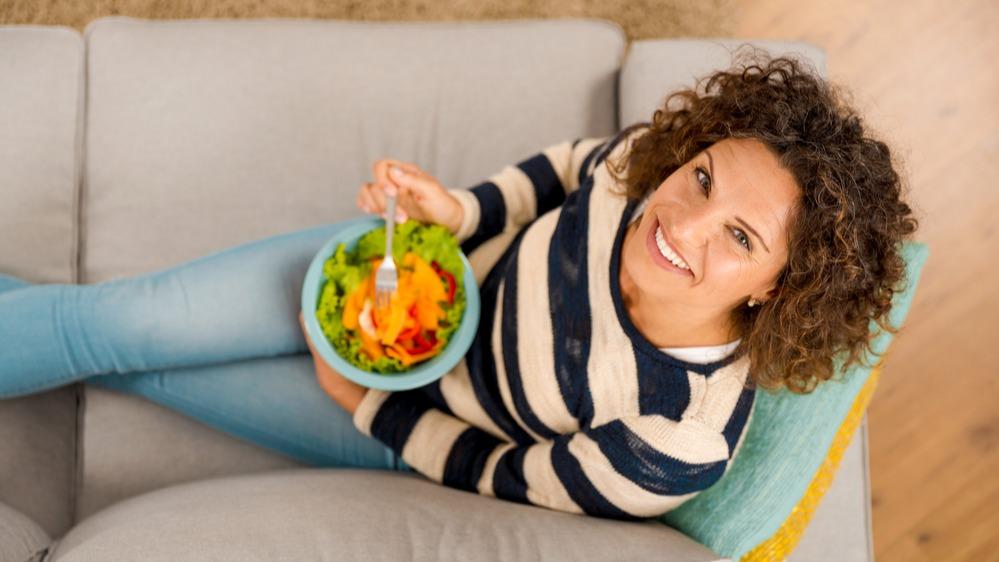 Žena salát